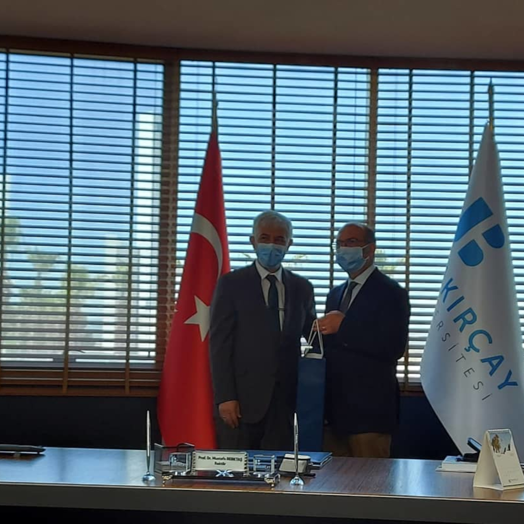 Rektörümüz Prof. Dr. Mustafa Güvençer, Rektör Yard. Prof. Dr. Esra Özer, Genel Sekreter Yard. Hazar Dölarslan, Inovasyon ve Girisimcilik Birimi Sorumlusu Burcu Ersoy, Bakırçay Üniversitesini ziyaret ettiler