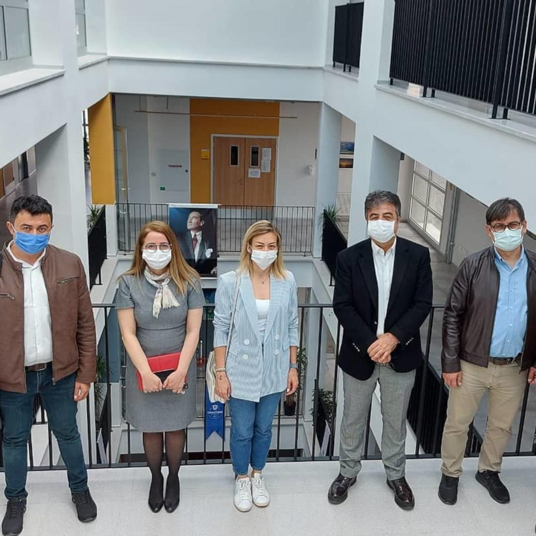 Izmir Katip Çelebi Üniversitesi Rektör Yard. Prof. Dr. Adnan Kaya, Doç. Dr. Esra Meltem Koç, Doç. Dr. Mustafa Agah Tekindal ve Proje Şube Müdürü Uğur Durusu üniversitemizi ziyareti